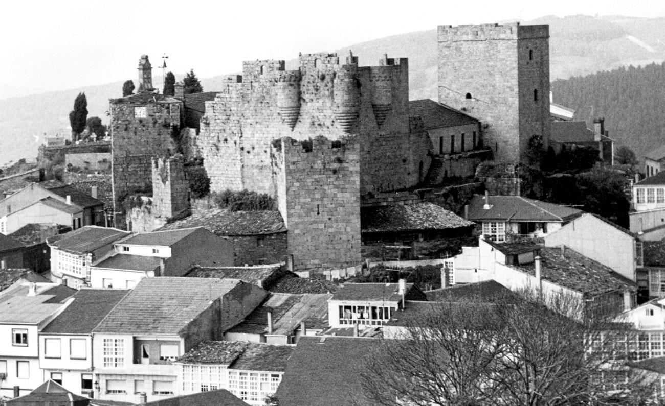 CastilloCastroCaldelasok