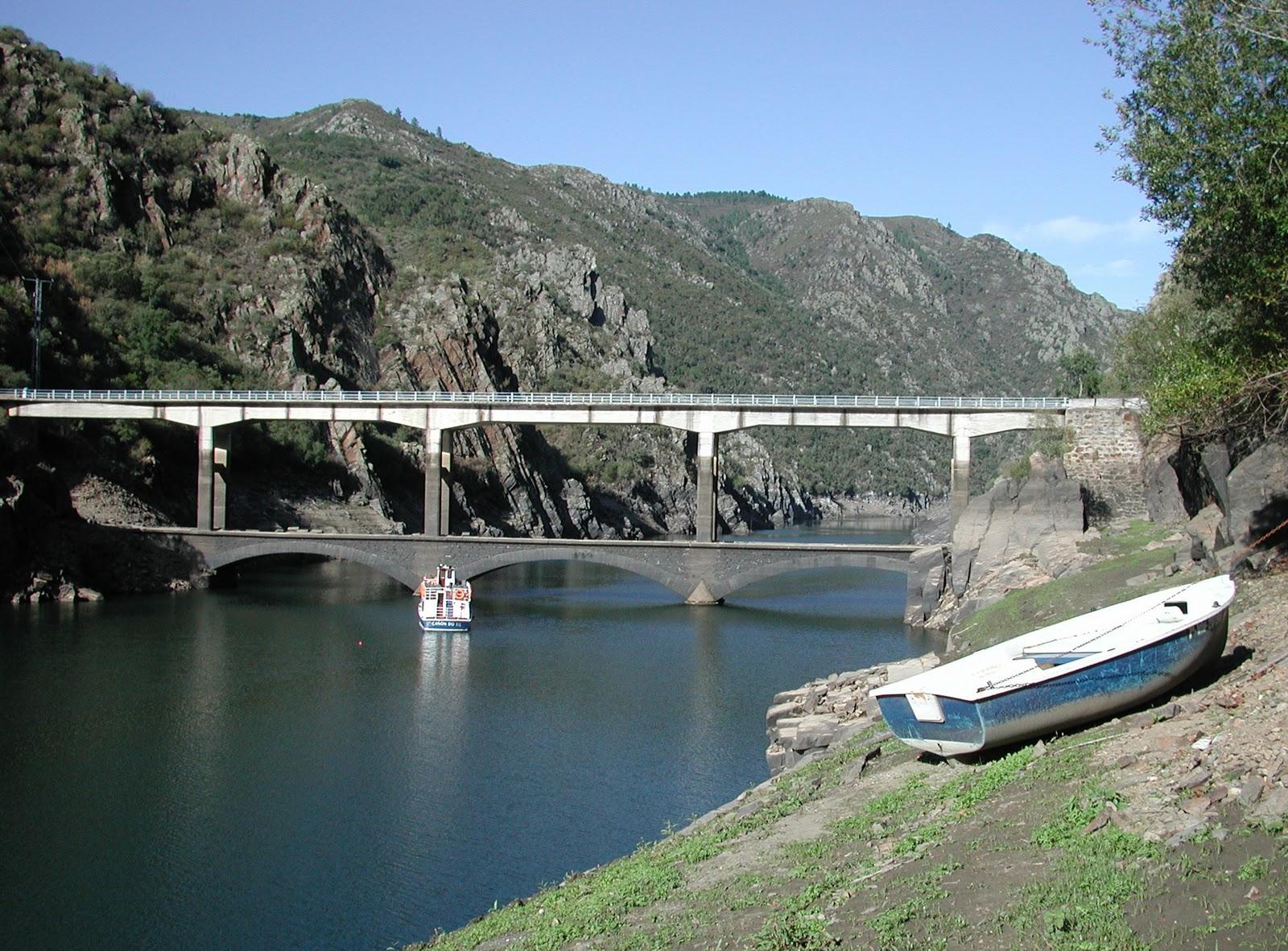 Ponte da Barca de Paradela
